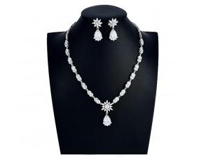 """Svadobná súprava """"De La Valiére"""" (náhrdelník, náušnice)"""