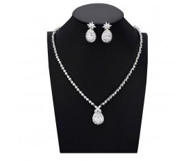 """Svadobná súprava """"De Poitiers"""" (náhrdelník, náušnice)"""