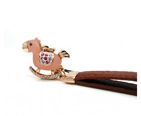 Prívesok v tvare koníka (ružový)